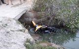 Điều tra vụ chiến sĩ quân đội tử vong cạnh chiếc xe máy dưới mương nước