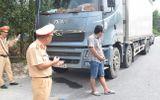 Tin tức tai nạn giao thông mới nhất hôm nay 19/6/2019: Phạt tài xế ô tô chở quá tải chống đối CSGT