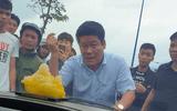 """An ninh - Hình sự - Vụ giang hồ vây xe chở công an ở Đồng Nai: Bắt khẩn cấp người gọi Giang """"36"""""""