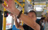 """Vụ kẻ biến thái """"tự sướng"""" trên xe buýt ở Hà Nội: Chưa có chế tài riêng để xử lý hành vi"""