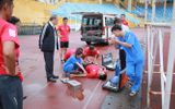 Thể thao - Kiểm tra thể lực, trọng tài FIFA bất ngờ ngất xỉu ngay trên sân