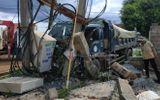 Tin trong nước - Xe tải gây tai nạn liên hoàn khiến 1 người chết, 600 hộ dân mất điện