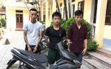 An ninh - Hình sự - Khởi tố 3 đối tượng nghiện ma túy chuyên trộm cửa sắt nghĩa trang