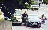 Trích xuất camera, truy tìm 2 người nước ngoài vờ đổi tiền lẻ rồi cướp