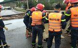 Bão số 2 đổ bộ: Sập một phần cầu ở Thanh Hóa, 5 người thương vong