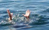Đi thả lưới, hai cha con đuối nước tử vong thương tâm