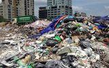 Chùm ảnh: Hà Nội ngập trong rác thải vì dân chặn xe vào bãi rác Nam Sơn