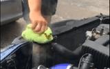 Lái xe bị bỏng nặng vì mở nắp tản nhiệt ô tô khi đang nóng