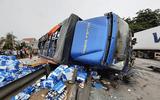 Tin trong nước - Hải Dương: Trong phạm vi 2 km liên tiếp xảy ra 3 vụ tai nạn, 7 người tử vong