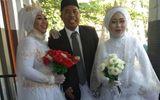 """Cộng đồng mạng - Sự thật phía sau đám cưới 1 chú rể 2 cô dâu gây """"sốt"""" mạng xã hội"""