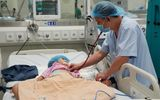 Sự thật bất ngờ sau tin bé 2 tuổi bị nhiễm vi rút lạ phải nằm ở phòng vô trùng