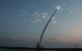 Triều Tiên tiếp tục bắn hai vật thể chưa xác định ra biển