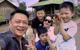"""Tin tức giải trí - BTV Quang Minh """"réo"""" tên ca sĩ Tuấn Hưng vì trò đùa bất ngờ của con trai út"""