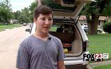 Phát hiện bé 2 tuổi bị bỏ quên trong xe, cậu bé 12 tuổi có hành động bất ngờ