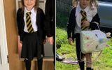 """Đời sống - Bé gái 5 tuổi bất ngờ nổi rần rần trên mạng xã hội nhờ bức ảnh """"như đi đánh trận"""" từ trường về"""