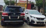 """Tin trong nước - Vụ dân đánh trống, bao vây nhóm côn đồ phá cổng làng ở Thanh Hóa: Tạm giữ xe sang biển số """"khủng"""""""