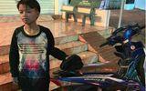 Tìm người thân cậu bé 13 tuổi lái xe máy 300 km từ Kon Tum sang Đắk Lắk