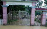 Hàng vạn học sinh ở Nghệ An và Hà Tĩnh không được khai giảng năm học mới vì mưa lũ