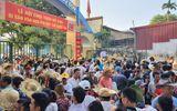 Hàng ngàn người mướt mồ hôi chen chúc vào xem Lễ hội Chọi trâu Đồ Sơn 2019