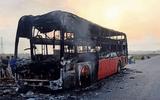 Tin trong nước - Hà Tĩnh: Xe khách bất ngờ bốc cháy, bị thiêu rụi hoàn toàn trong 10 phút