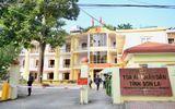 Xã hội - Gian lận điểm thi ở Sơn La: Cận cảnh 8 bị cáo hầu tòa sáng nay