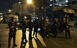 Cận cảnh hàng trăm cảnh sát khám xét trụ sở công ty Alibaba hơn 12 giờ đồng hồ
