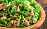 """Ăn - Chơi - Tưởng món ăn bình thường, thêm thứ này vào đậu đũa xào bỗng trở thành """"đặc sản"""""""
