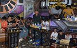 """Vụ cảnh sát đột kích quán karaoke Paradise: Lộ tuổi đời những """"bóng hồng"""" và dân chơi xăm trổ"""