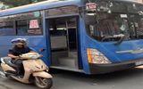 Đình chỉ tài xế xe buýt bấm còi, ép xe, xúc phạm người đi đường ở TP.HCM