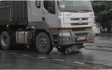 Quảng Trị: Va chạm với xe đầu kéo, 2 người phụ nữ thương vong