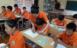 Cảm động cô giáo 12 năm lặng lẽ dạy học miễn phí cho trẻ kém may mắn