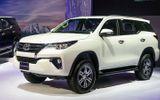 """Tại Việt Nam Toyota giảm giá cực """"sốc"""" lên tới 100 triệu đồng/chiếc"""