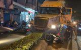 Vụ container tông xe máy 2 người thương vong: Khởi tố, bắt tạm giam tài xế