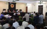 Pháp luật - Xét xử vụ gian lận thi cử ở Hà Giang: Vợ ông Triệu Tài Vinh vắng mặt tại phiên tòa
