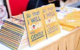 Truyền thông - Thương hiệu - Ra mắt cuốn sách đầu tay được viết bằng tiếng anh của học sinh Vinschool