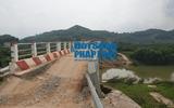 Kinh doanh - Lục Ngạn (Bắc Giang): Cầu nứt toác khi mới đi vào hoạt động