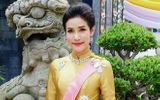 """Lý lịch và hình ảnh của cựu hoàng quý phi Sineenat """"bốc hơi"""" trên trang web Hoàng gia Thái Lan"""