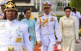 Tin thế giới - Tin tức thế giới mới nóng nhất ngày 24/10: Vua Thái Lan tiếp tục phế truất 6 cận thần hoàng gia