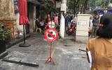 Tin trong nước - Tin tức thời sự mới nóng nhất hôm nay 15/11/2019: Cửa kính khách sạn rơi xuống đường khiến 3 người bị thương