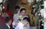 Giải trí - Khoảnh khắc cô dâu Bảo Thy xuất hiện chớp nhoáng trước cửa, lên xe hoa về nhà chồng