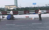 Tin trong nước - Phóng xe vào cảng hàng không Nội Bài, 2 người phụ nữ thương vong
