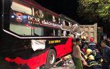 Tin trong nước - Hàng chục cảnh sát cạy cửa giải cứu 3 người mắc kẹt trong xe khách ở Thanh Hóa