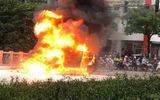 """Tin trong nước - Vụ xe Mercedes gây tai nạn liên hoàn ở Hà Nội: Nạn nhân sống sót sợ hãi kể lại phút thoát khỏi """"tử thần"""""""