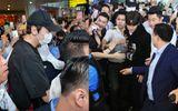 Lee Kwang Soo, Ji Chang Wook bị fan Việt vây kín ở sân bay Nội Bài