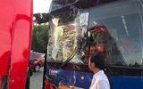 Xe chở đoàn thể thao Việt Nam dự lễ khai mạc SEA Games 30 gặp nạn trên đường