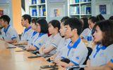 Sinh viên bức xúc vì trường đại học quy định mặc đồng phục cả tuần, cấm cạo đầu