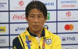 HLV Nishino không phục quả phạt đền nhưng thừa nhận chưa đủ tốt để vào bán kết
