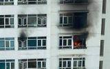 Tin trong nước - TP.HCM: Cháy căn hộ tầng 12 chung cư, người dân hoảng hốt tháo chạy