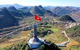 Truyền thông - Thương hiệu - Tự hào lá cờ Việt Nam trên hành trình chinh phục miền biên ải
