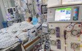 Sức khoẻ - Làm đẹp - Bác sĩ chạy đua cứu tính mạng bé gái 10 tuổi mất hết chức năng tim